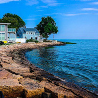 Offer a week in a vacation home at your next auction.